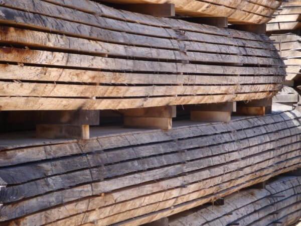 Air Dried Waney Edge Prime oak - Hardwoods Group
